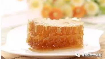 蜂蜜泡百合 5+蜂蜜 海恩斯蜂蜜 白茯苓和蜂蜜起吃吗 女人喝蜂蜜有好处吗