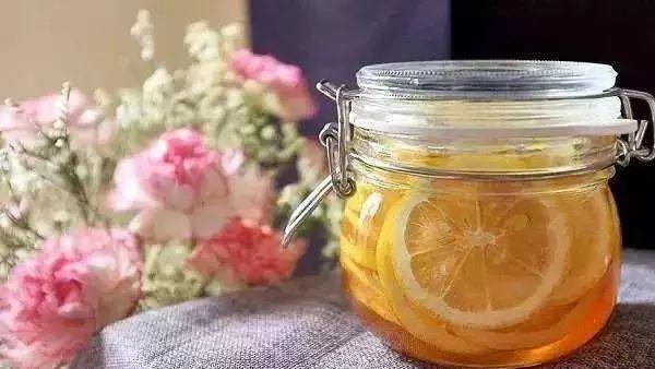 柠檬+蜂蜜 冬天也要美美哒~