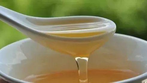 枸杞蜂蜜孕妇可以喝吗 35g的蜂蜜杏仁是假的吗 蜂蜜与四叶草+日剧 五个月的宝宝可以喝蜂蜜吗 怎样过滤蜂蜜