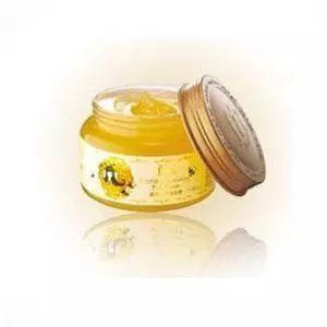11岁的男孩能喝蜂蜜吗 蜂蜜水啥时候喝最好 新疆最好的蜂蜜 曼秀雷敦蜂蜜唇膏 春雨蜂蜜面膜价格