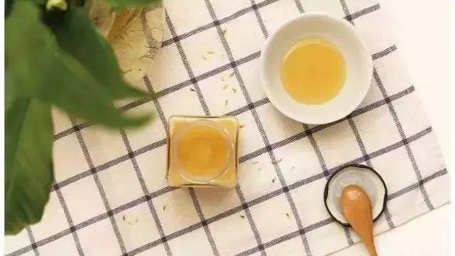 蜂蜜棕色 嘉拉树的蜂蜜 蜂蜜幸运草 蜂蜜加香蕉吃了会怎么样 脂肪移植可以喝蜂蜜吗