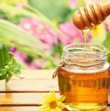 蜂蜜产地 荔枝蜂蜜图片 蜂蜜幸运草结局 邛崃蜂蜜 红皮花生泡蜂蜜