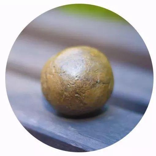怀孕可以喝蜂蜜姜水吗 新国标蜂蜜 花粉和蜂蜜比例 黑木耳蜂蜜水 蜂蜜与四叶草台湾