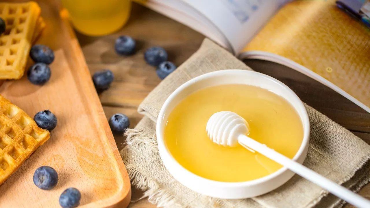 海恩斯蜂蜜营养 椴树蜂蜜能做面膜吗 蜂蜜花粉 惠芝园山花蜂蜜 野菊花蜂蜜的作用