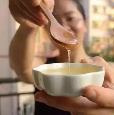买什么样的蜂蜜最好?天然成熟蜜!
