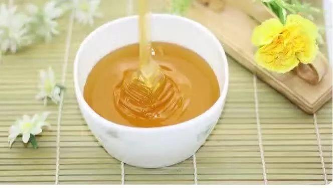 纯天然蜜和超市蜜的差距,终于明白了