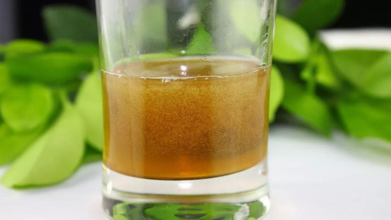 蛋清蜂蜜面膜 蜂蜜变黑 固体蜂蜜 甘草片和蜂蜜 小熊蜂蜜老山