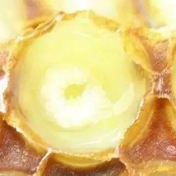 蜂蜜能放多长时间 牛奶加蜂蜜好吗 早上空腹喝蜂蜜加牛奶 薄荷叶配蜂蜜 阵痛喝蜂蜜水