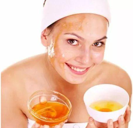 蜂蜜超市 蜂蜜水的作用与功效 苹果蜂蜜水的做法 引入蜂种 咖啡和蜂蜜能一起喝