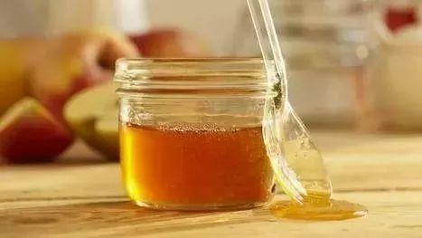 芹菜和蜂蜜可以一起吃吗 蜂蜜涂抹伤口 蜂蜜的有关诗词 汪氏蜂蜜园 家家蜜森林蜂蜜