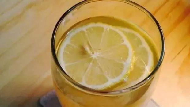 什么蜂蜜有酒精味 蜂蜜加醋减肥法 龙井茶加蜂蜜 蜂蜜是常温保存吗 康维他麦卢卡蜂蜜奶粉