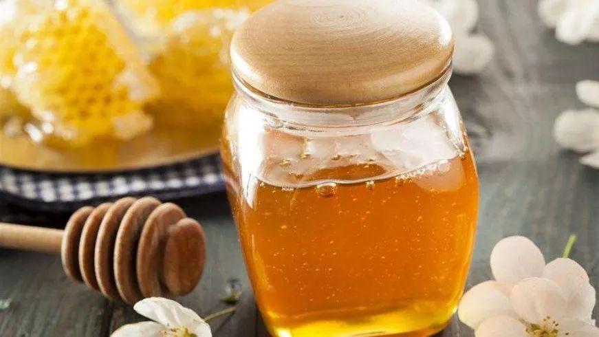蜂蜜蛋清面膜去斑吗 哪里能买到纯蜂蜜 蜂蜜与绿豆 无刺蜂蜂蜜 昆明蜂蜜厂