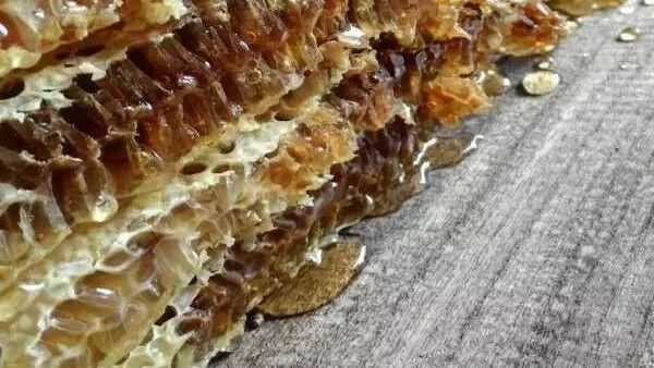 当归蜂蜜 早上空腹喝蜂蜜加牛奶 冠生园蜂蜜造假 多大的小孩可以吃蜂蜜 红枣蜂蜜奶