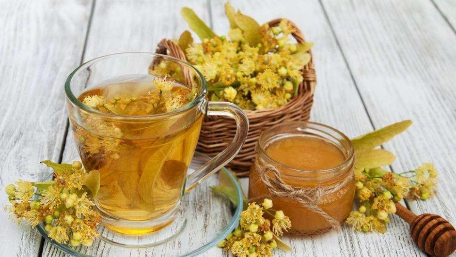 板栗蘸着蜂蜜 男孩喝蜂蜜好吗 蜂蜜水絮状物 女性喝蜂蜜的坏处 藕粉加蜂蜜有什么效果