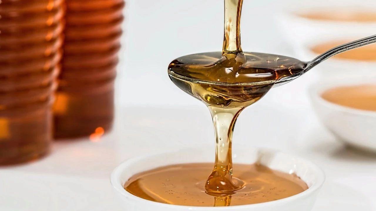 枣都蜂蜜 葱白和蜂蜜 蜂蜜蛋清珍珠粉面膜 蜂蜜检验 梨子蜂蜜能止咳吗