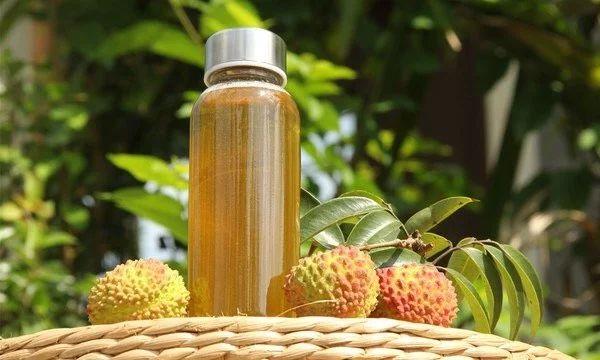长期喝蜂蜜水好吗 黑蜂蜜的功效 抗衰老 蜂蜜与性功能 蜂蜜炼制的程度