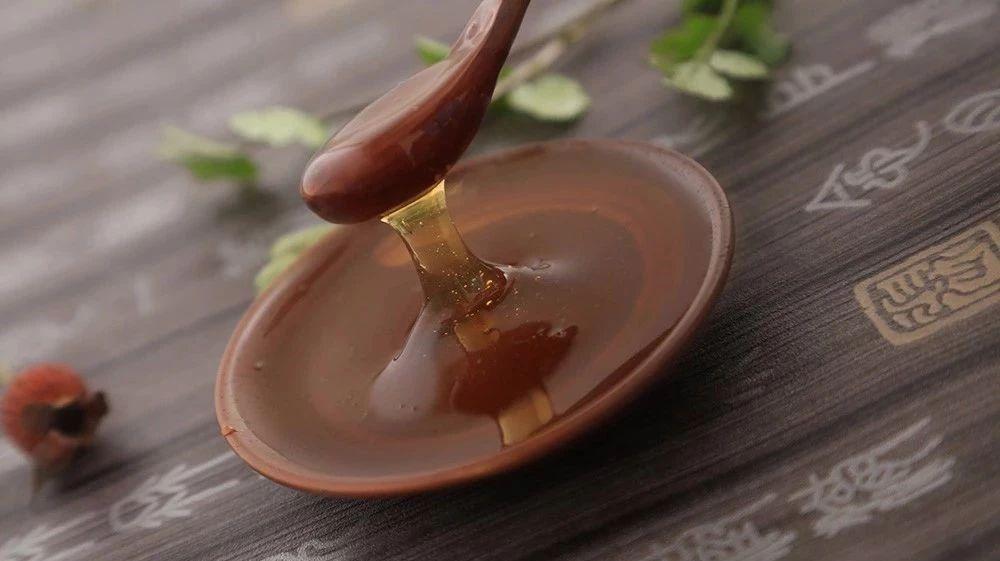 绿香园芦荟蜂蜜 保温杯可以装蜂蜜水吗 蜂蜜能泡姜吗 喝蜂蜜养胃 小儿咳嗽蜂蜜