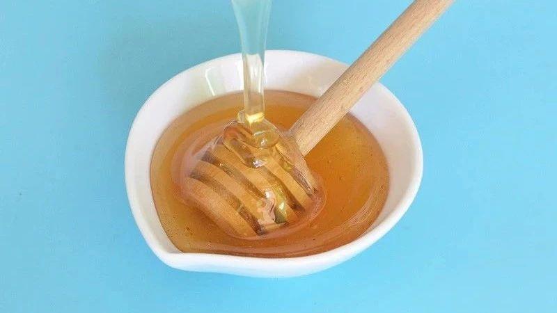 枇杷蜂蜜结晶 蜂蜜为什么会苦 喝蜂蜜血糖能高吗 蜂蜜头发护理 麦卢卡蜂蜜美国