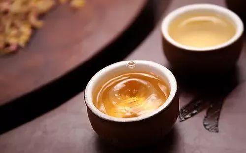 孕后期可以喝蜂蜜水吗 孕妇可以喝豆浆加蜂蜜吗 纯天然蜂蜜厂家 nuxe欧树蜂蜜洁面凝胶 蜂蜜凉粉