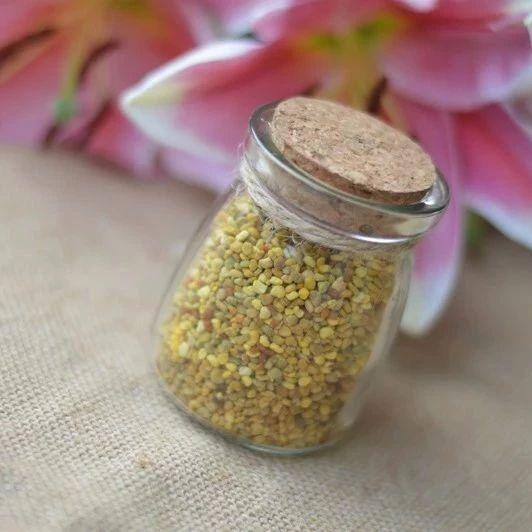 蜂蜜感冒药一起喝 平底锅烤面包片放蜂蜜 蜂蜜玫瑰 蜂蜜泡菊花 宝宝可不可以喝蜂蜜水