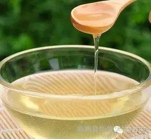 蜂蜜的吃法 蜜蜂糕 蜂蜜蜂蜜 蜂蜜加什么能去斑 三七粉加蜂蜜