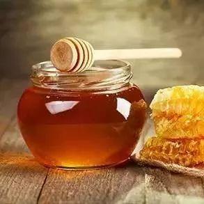 蜂蜜水减肥 蜂蜜海藻面膜功效 蜂蜜美容护肤小窍门 土蜂蜜批发 蜜蜂嗡嗡