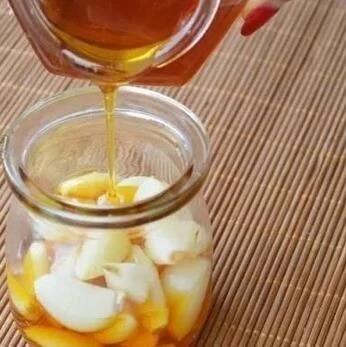 中医专家:蜂蜜加它,80岁不血栓,肾如30小年轻~