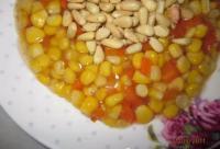 【食疗】蜂蜜松仁玉米这样做,全家都喜爱!