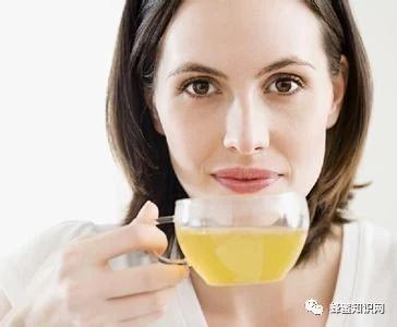 生姜蜂蜜水什么时候喝最好 manuka蜂蜜 如何养蜂蜜 蜂蜜 蜂蜜什么时候喝好