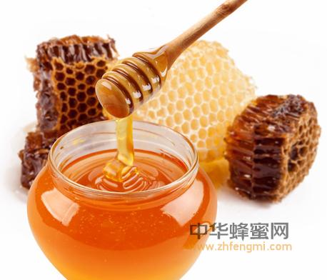 蜂蜜 蜂蜜的作用与功效 保护肝脏 养肝护肝 氨基酸 维生素