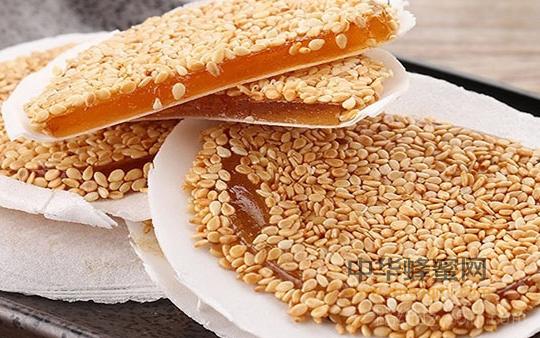 【蜂蜜的功效与作用】_蜂蜜在食品加工方面的应用