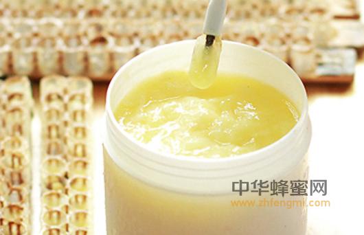 蜂皇浆 蜂皇浆的吃法 蜂皇浆的食用方法