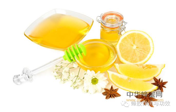 【柠檬蜂蜜水的做法】_你必须知道的食用蜂胶时需注意的事项!