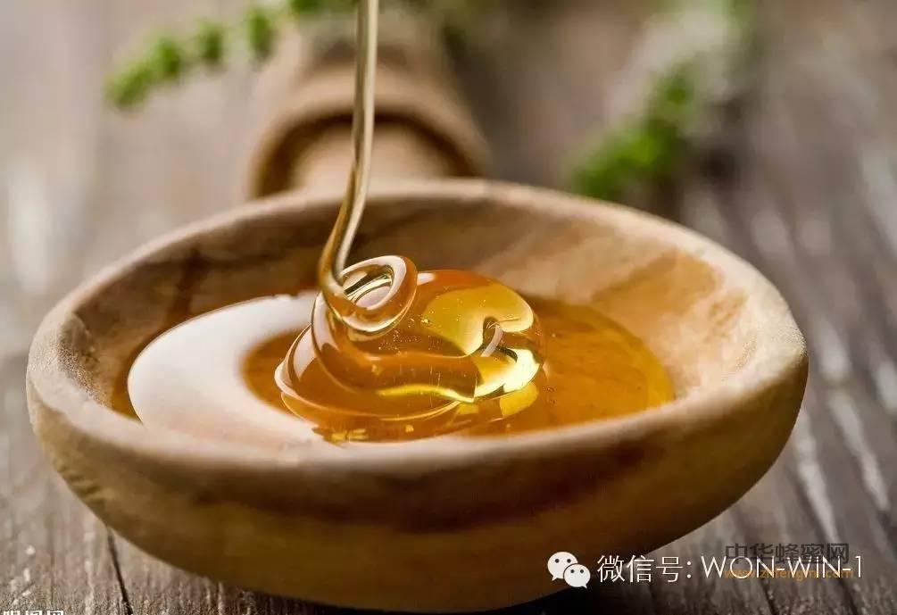 【蜂蜜的做法】_蜂蜜水什么时候喝好 ?牢记三个阶段!