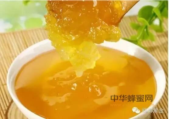 【蜂蜜水什么时候喝】_蜂蜜的结晶与香味,深度解析!