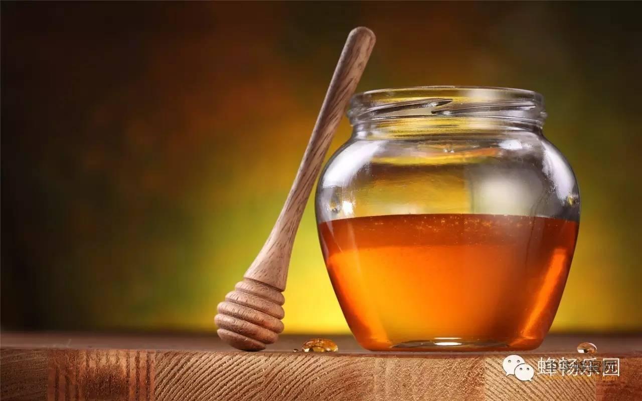 【牛奶蜂蜜】_纯天然成熟蜂蜜为何不易变质?