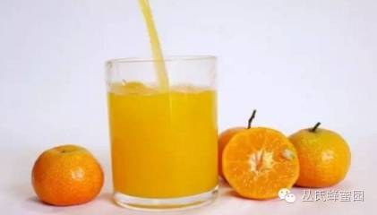 【蜂蜜的功效与作用及食用方法】_久服蜂蜜,保持青春、延年益寿!