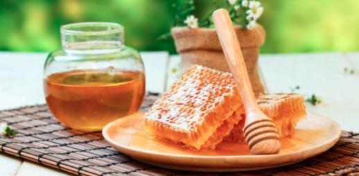 蜂蜜 蜂蜜水 蜂蜜美容 蜂蜜的作用
