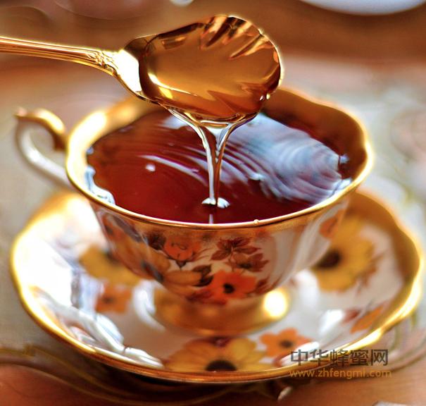 【经常喝蜂蜜好吗】_蜂蜜不同的搭配 作用也不一样