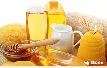 【自制蜂蜜美白祛斑面膜】_正确搭配蜂蜜利尿养肾