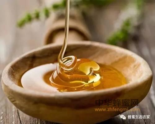 纯天然蜂蜜和浓缩蜜的区别?(附真假辨别方法)