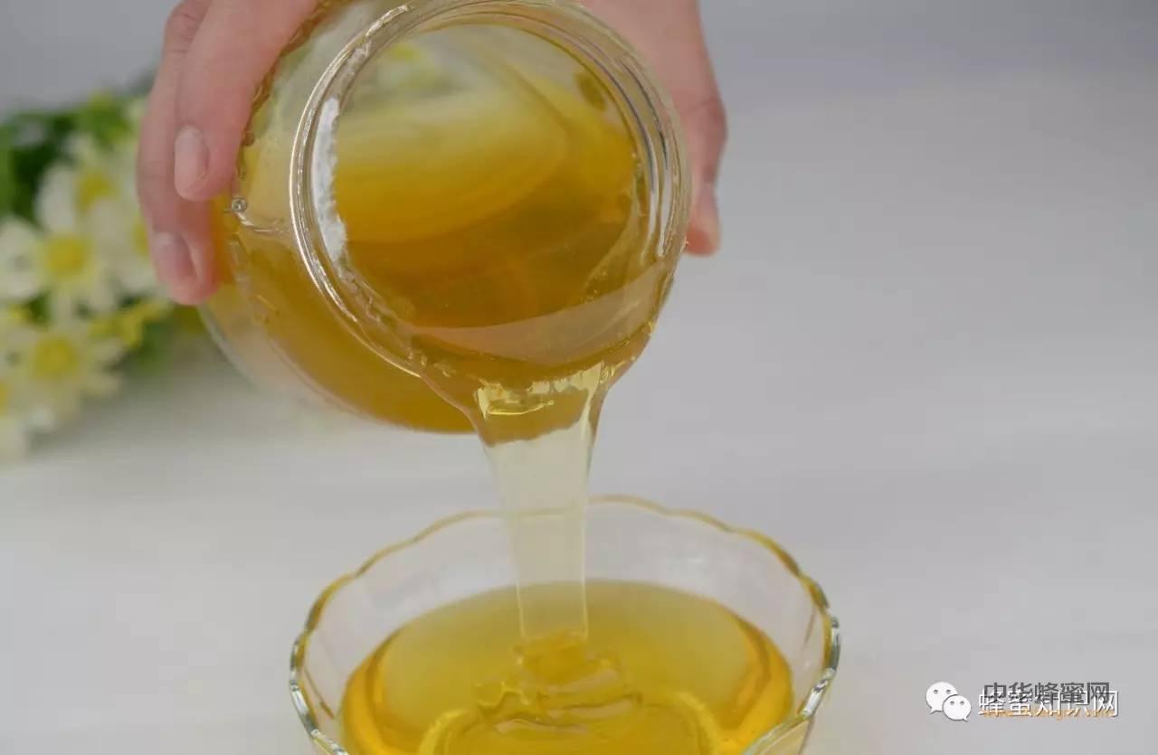 【如何用蜂蜜美容】_便宜蜂蜜,买时轻松吃起来又贵又累是怎么回事?