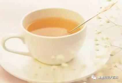 """【蜂蜜水的作用】_春季最好的""""排毒水"""",喝一喝很有必要!"""