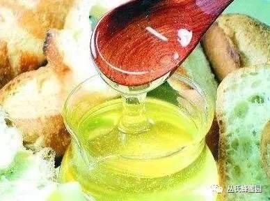 【制售假蜂蜜获刑】_蜂蜜的功效及作用和食用方法: