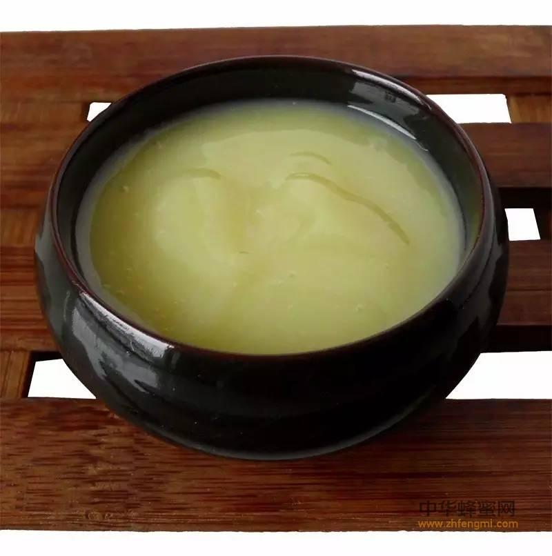 【蜂蜜结晶】_蜂王浆含有大量激素是真的吗?