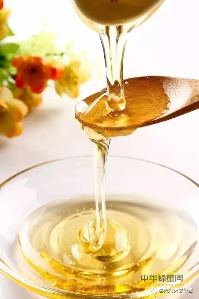 【蜂蜜食用】_上班族多喝蜂蜜可以对抗疲劳