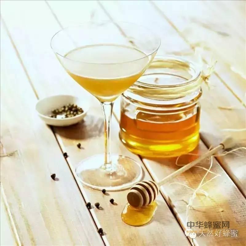 7款蜂蜜DIY饮品,抗辐射+美白祛斑!