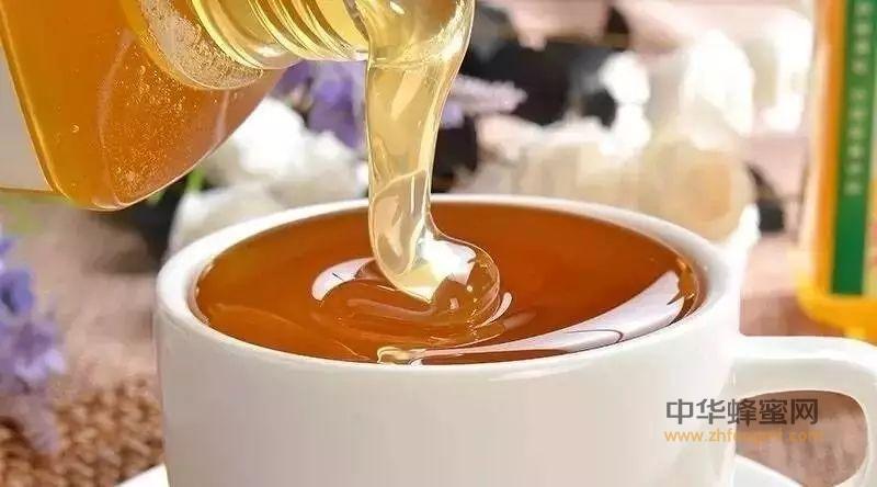 蜂蜜可以调节人体酸碱度