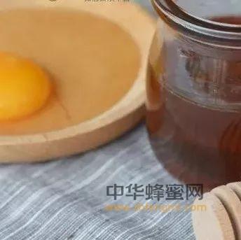 蜂蜜+香油+鸡蛋,治便秘,可<a