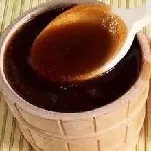 为什么蜂蜜久置后颜色会变深,变深了还能喝吗?